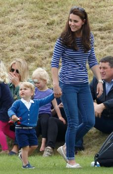 Kate middleton casual style outfit 24